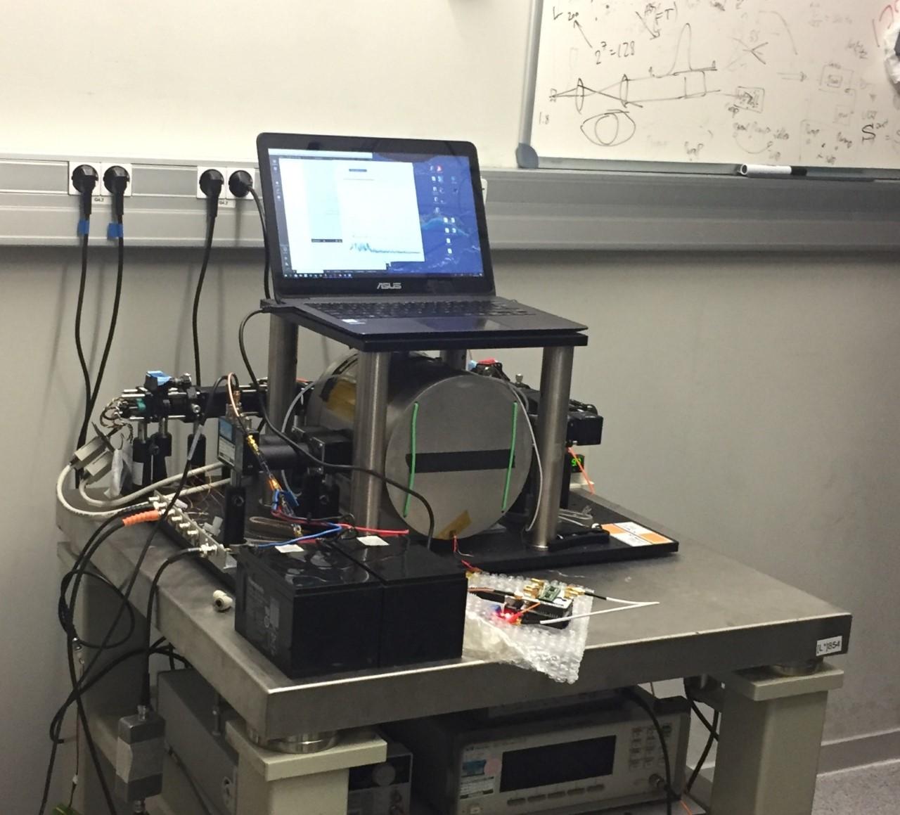 Table-top ultralow-field NMR instrument