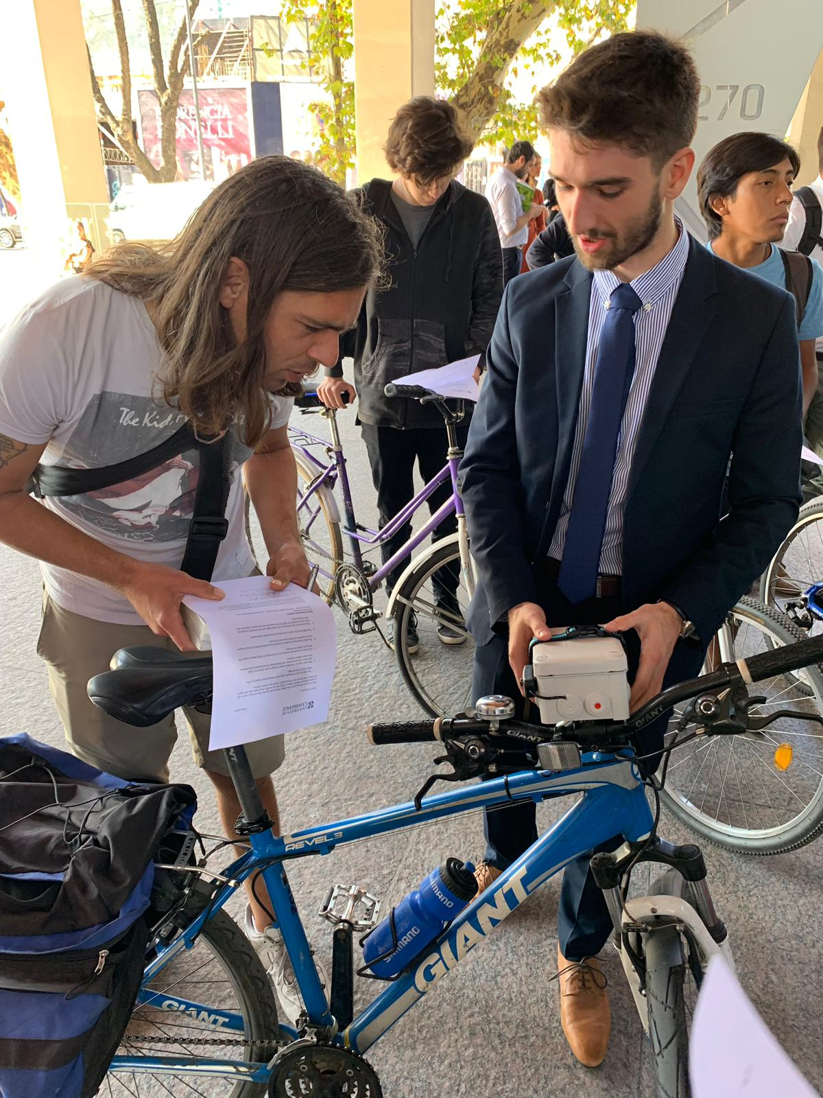 Attaching sensors to bikes in Buenos Aires