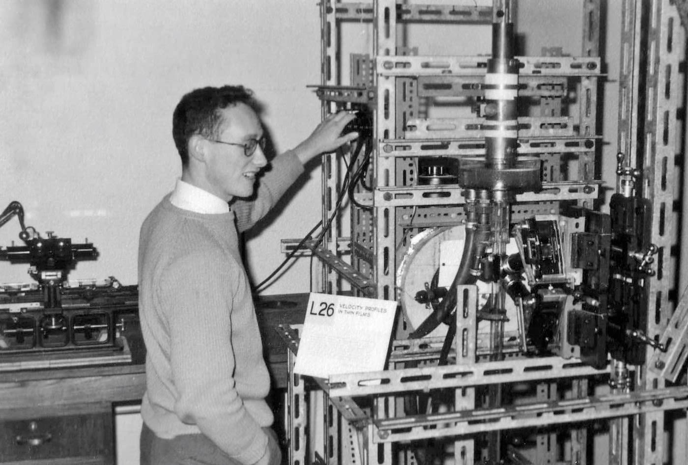 Ron Nedderman with his Stereoscopic Photographic Equipment in 1959