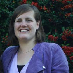 Laura  Rozing
